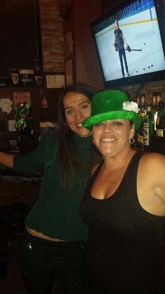 1/2 StPaddy's !! Bar Tender Tina