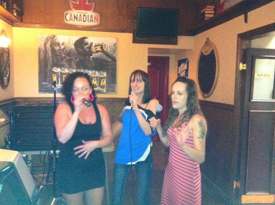 Karaoke Nite !! Sirens